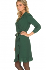 Kocca |  Tailored dress Ypsilon | green  | Picture 4