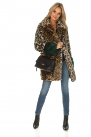 Kocca |  Faux-fur coat with leopard print Gillet | animal print  | Picture 3
