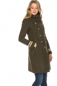 Kocca |  Coat with faux fur collar Bawtok | green  | Picture 4