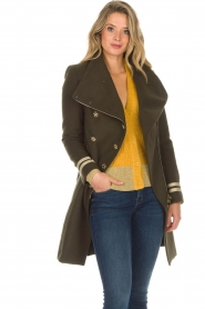 Kocca |  Coat with faux fur collar Bawtok | green  | Picture 6