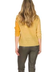 Munthe | Wollen trui Sylvia | geel  | Afbeelding 5