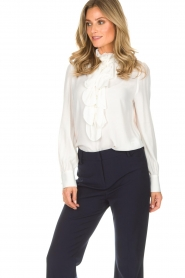 Atos Lombardini | Blouse Emma | wit  | Afbeelding 4