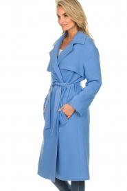 Atos Lombardini |  Coat Arianna | blue  | Picture 4
