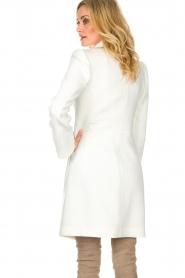 Atos Lombardini |  Coat Norella | white  | Picture 5