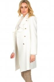 Atos Lombardini |  Coat Norella | white  | Picture 4