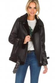 OAKWOOD |  Faux lammy coat Mandy | black  | Picture 2