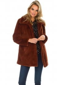 OAKWOOD |  Faux fur coat Luna | red  | Picture 2