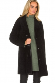 Arma | Omkeerbare lammy coat Dewi | zwart  | Afbeelding 3