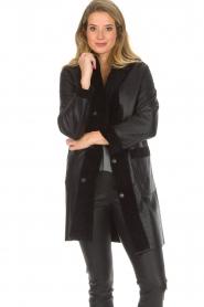 Arma |  Reversible lammy coat Dewi | black  | Picture 2