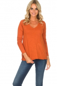 American Vintage |  Longsleeve V-neck top Jacksonville | orange  | Picture 2