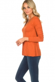 American Vintage |  Longsleeve V-neck top Jacksonville | orange  | Picture 3
