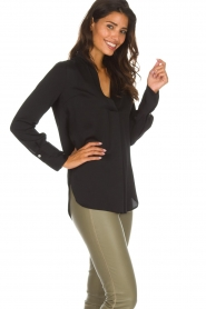 By Malene Birger |  Silk top Ayoh | black  | Picture 4