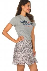 Zoe Karssen | T-shirt Cafe Society | grijs  | Afbeelding 4