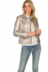 IRO |  Metallic leather biker jacket Newhan | silver  | Picture 5