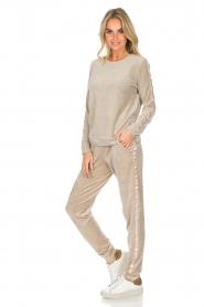 Hanro |  Velvet sweatpants Marlie | beige  | Picture 2