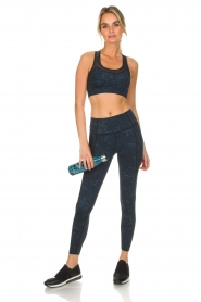Varley |  Sports leggings with marble print Moon | blue  | Picture 3
