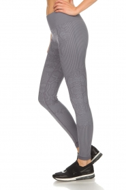 Varley |  Sports leggings with snake print Quincy Tight | grey  | Picture 4
