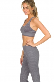 Varley |  Sports bra with snake print Perkins | grey  | Picture 5