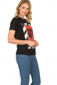 By Malene Birger | T-shirt Ottova | zwart  | Afbeelding 2