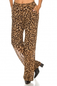 Essentiel Antwerp |  Wide leg pants with leopard print Remorse | animal print  | Picture 3