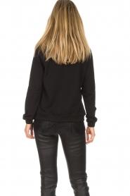 Aaiko | Sweatshirt met kanten detail Nadia | zwart  | Afbeelding 6