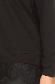 Aaiko | Sweatshirt met kanten detail Nadia | zwart  | Afbeelding 7