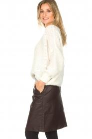 Knit-ted | Imitatieleren rok Aukje | bruin  | Afbeelding 5