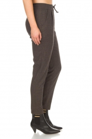 Knit-ted |  Sweatpants Amee | grey  | Picture 4