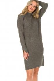 Knit-ted | Trui jurk Talja | grijs  | Afbeelding 2
