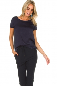 Knit-ted | Top Angela | donkerblauw  | Afbeelding 3