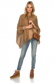 Knit-ted |  Poncho Tara | camel  | Picture 3