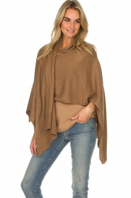 Knit-ted |  Poncho Tara | camel  | Picture 4