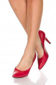 Noe |  Leather pumps Nicole | Red  | Picture 2