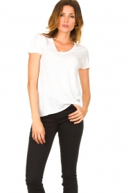 American Vintage |  Basic V-neck T-shirt Jacksonville | white  | Picture 2