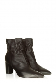 Janet & Janet :  Leather ankle boots Toya | black - img3