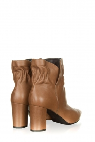 Janet & Janet :  Leather ankle boots Toya | beige - img4