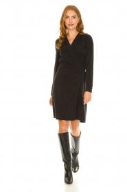 Dante 6 | V-hals jurk Tabatha | zwart  | Afbeelding 3