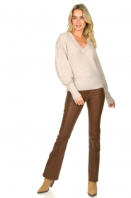 Dante 6 |  V-neck sweater with balloon sleeves Broame | naturel  | Picture 3