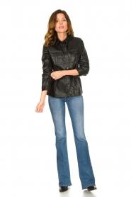 Aaiko | Faux leather blouse met ceintuur Pamas | zwart  | Afbeelding 3