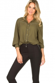 Aaiko |  Blouse with pleated sleeves Tamia | green  | Picture 2