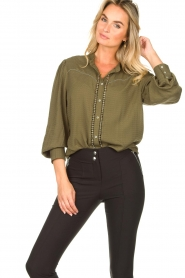 Aaiko |  Blouse with pleated sleeves Tamia | green  | Picture 4