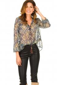 Aaiko |  Printed blouse Isaya | blue  | Picture 5