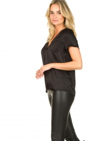 Aaiko |  Top with lace v-hals Sinnie | black  | Picture 4