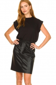 Aaiko |  Faux leather skirt with studs Patia | black  | Picture 4