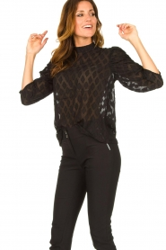 Aaiko    Top with puffed sleeves Soyin   black    Picture 4