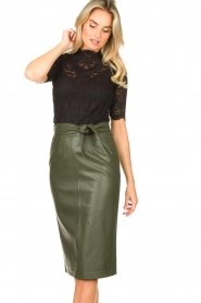 Aaiko |  Faux leather pencil skirt  detail Ploxy | green  | Picture 4