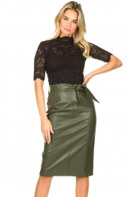 Aaiko |  Faux leather pencil skirt  detail Ploxy | green  | Picture 2