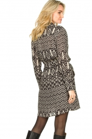 Aaiko |  Printed dress with belt Merola | black  | Picture 6