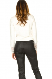 Fracomina |  V-neck sweater Clemente | white  | Picture 6