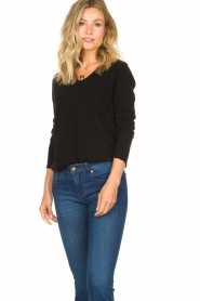 American Vintage |  Basic V-neck top Sonoma longsleeve | black  | Picture 3